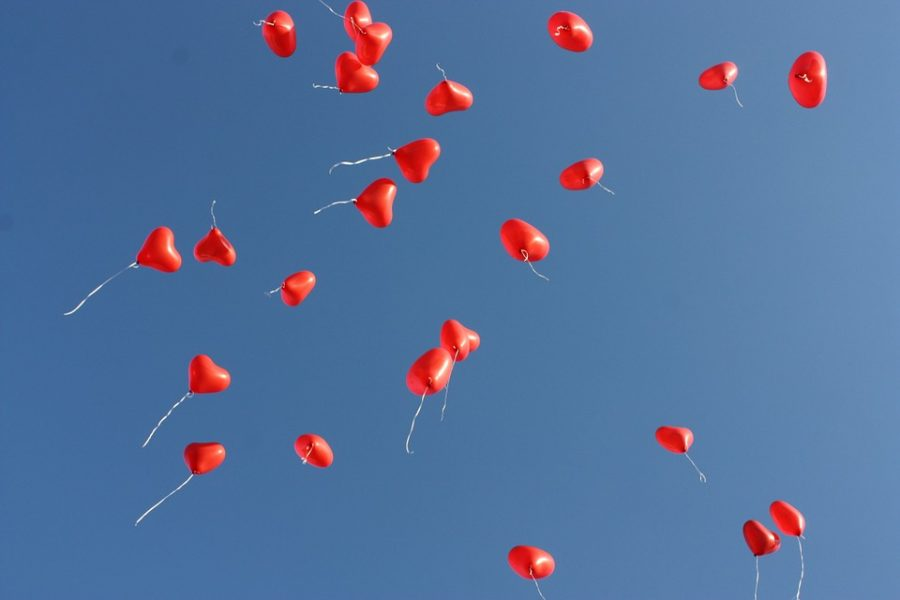 Heart+balloons+in+the+air+to+celebrate+Valentine%E2%80%99s+Day