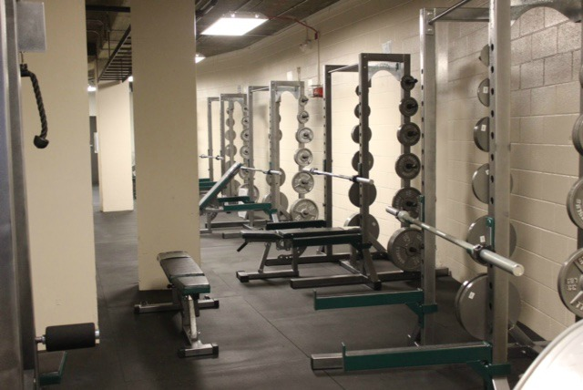 New+weight+room+in+the+east+side+of+senior+gym.