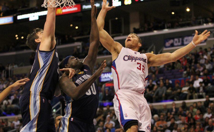 Forward Zach Randolph guards L.A. Clippers' Blake Griffin