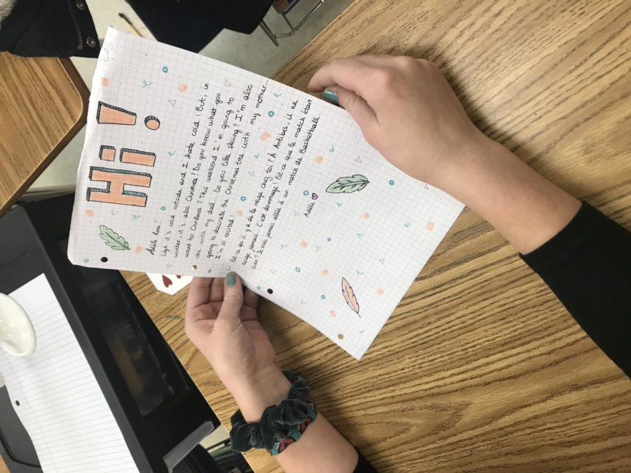 French students write letters to global pen pals – White Station Scroll
