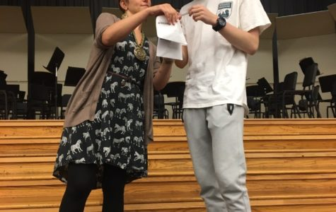 Theatre Memphis Actresses Visit Thespian Society Meeting