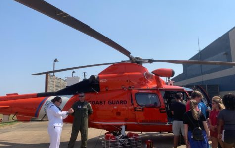 White Station High School students board military helicopters to hear from pilots and learn about military aviation firsthand.