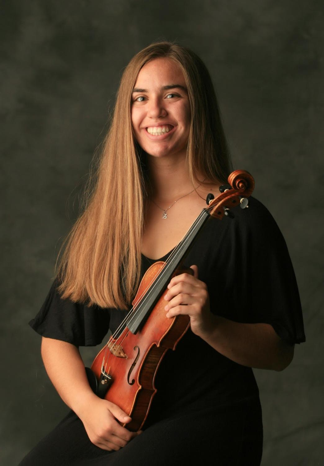 Zoe Wolfe won the Memphis Youth Symphony concerto competition with her performance of the Lalo violin concerto. Wolfe has been a member of the program for nine years, and this was her first time participating in the annual competition.