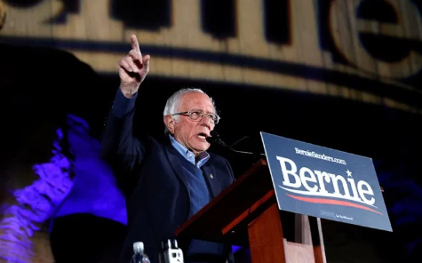 Bernie Sanders picks up speed in Nevada caucus